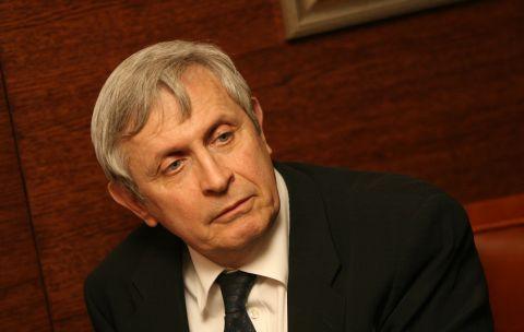 """Яков Джераси към """"Ню Йорк Таймс"""": Българите реагираха неправилно към Пеевски и партиите се възползваха"""