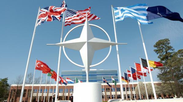 НАТО отговориха за инцидента, случил се с министъра на отбраната на Русия!