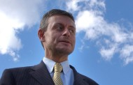 Соломон Паси: Всички депутати, поискали оставката на Каракачанов, са руски шпиони.