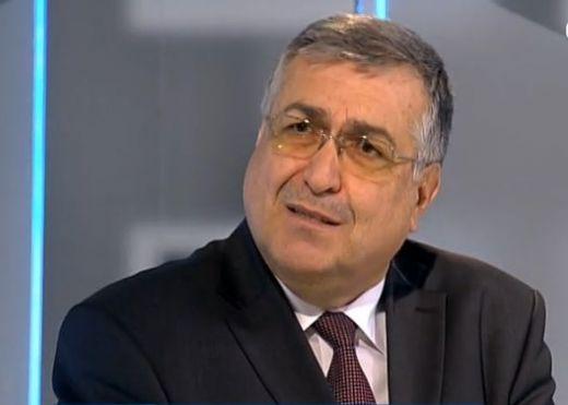 """Близнашки се нахвърли на президента Радев. """"Няма право да иска оставката на Борисов!"""""""