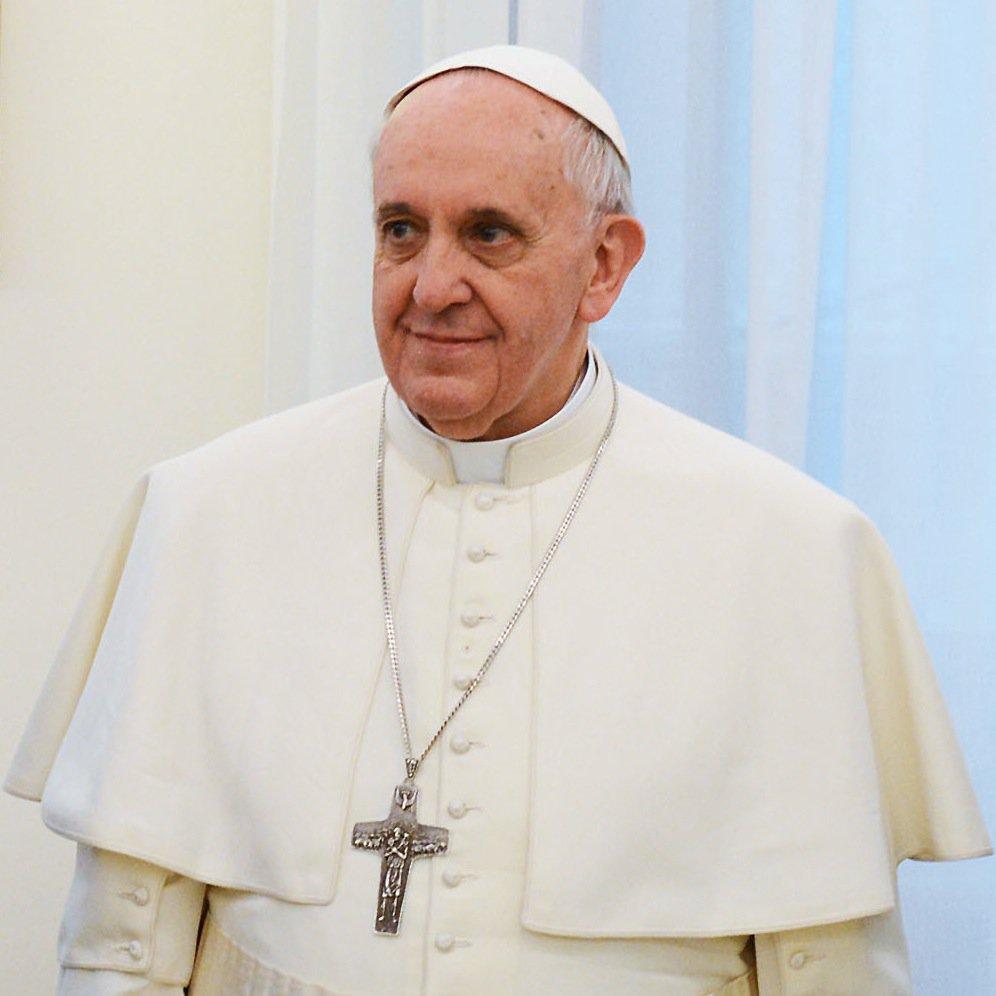 Оказа се, че и Папата може да заседне!