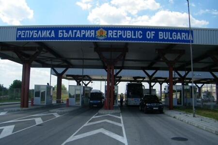Утре румънските власти предават измамници на българската спецпрокуратура на ГКПП Русе – Гюргево!