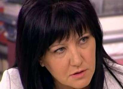 МВР крие инцидент с Караянчева! Председателят на НС е откарана в болница.