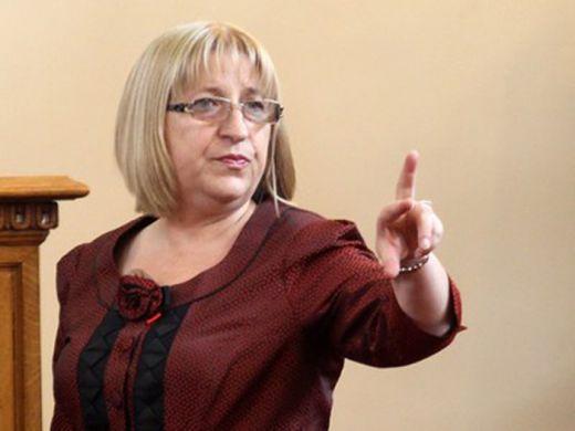 Цецка Цачева: Обикновените работещи не могат да се сравняват с депутатите!!!!