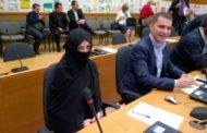 Пловдивска общинска съветничка дойде на сесия с бурка