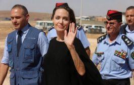 По всичко личи, че Анджелина Джоли е агент на ЦРУ! Разследванията продължават