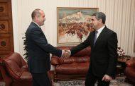 Плевненлиев нападна президента Радев: Надявам се от генерал да се превърне в президент