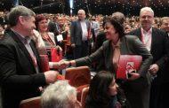 БСП със седем евродепутати, а ГЕРБ с шест, ако Нинова изиграе картите добре!