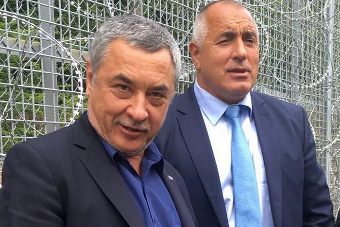 """Законите не важат за """"тоалетният вицепремиер"""" Валери Симеонов!"""