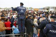 Защо Германия отвори границите си през 2015 г. за бежанците?