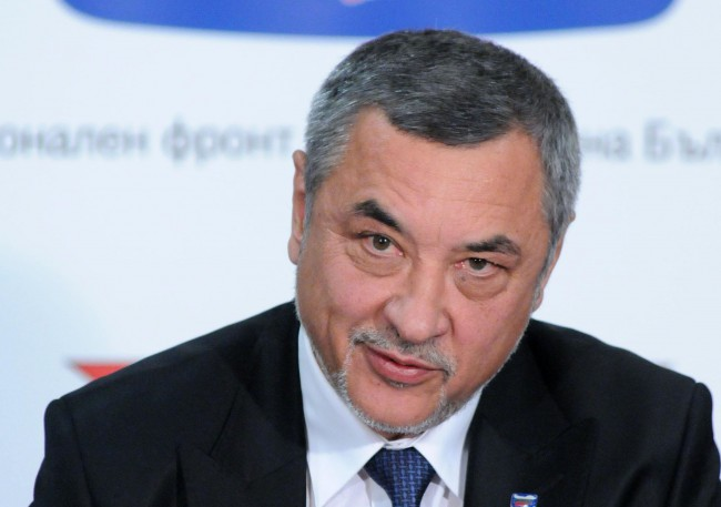 Джендърът Валери Симеонов с апетит към Министерство на туризма