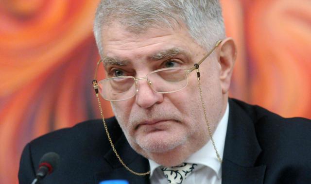 Емил Кало: Тъжно и жалко е, че личност, като Валери Симеонов заема отговорен държавен пост!