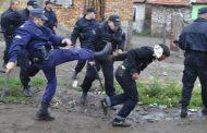 Страшно меле! Полиция и жандармерия нахлуха в циганска махала, заради потрошени служители на Горското стопанство…