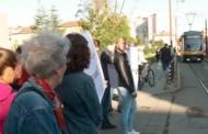 Софиянци недоволстват от трамвайните релси в центъра.