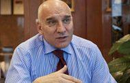 Мартин Петров е глупак, завлечен от уличница, заслужил си е, банката не е докоснала и цент…