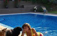 """Скандалната Тамара тъне в невиждан лукс! Мис България пъчи дупе и гърди от басейна на милионерски палат в """"Драгалевци"""" (СНИМКИ)"""