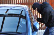 Крадците на коли с нов брутален метод за сваляне на части от коли! (СНИМКИ)