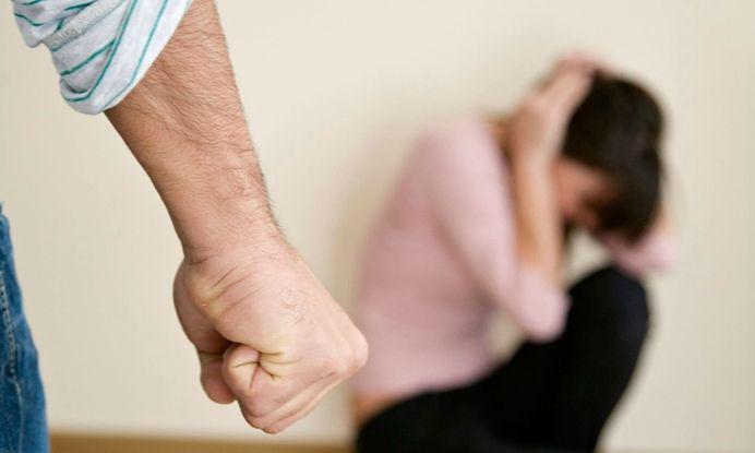 Китайски цип на турски дънки спаси момиче от изнасилване