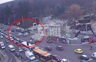 """Извънредно: Кървав екшън на столичния """"Орлов мост"""" (СНИМКА/ВИДЕО)"""
