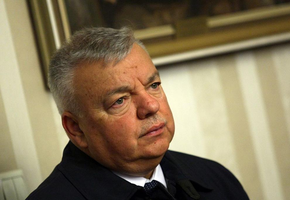 Шефът на НСО подаде оставка за злоупотреби