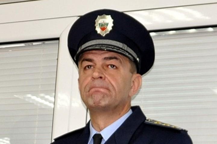 Новият шеф на НСО – авер на Цацаров от Пловдив! А иначе пак всички ще пазят и козируват на Пеевски