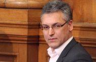 ДПС удариха рамо на властта за отстраняването на Жаблянов, Караянчева наказа Павел Шопов