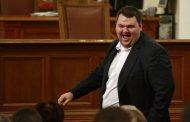 Как Делян Пеевски се подигра с Борисов и Радев