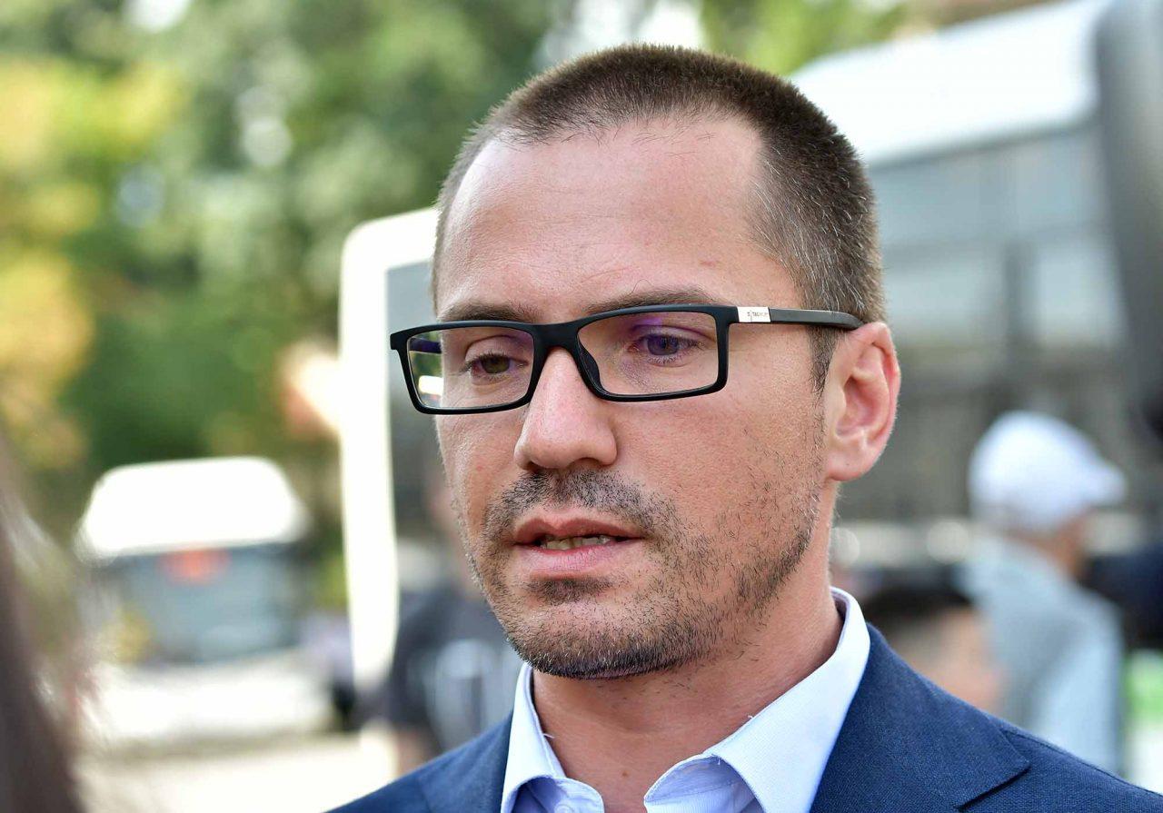 Джамбазки и Контрера скочиха на зелените: Циганите да си плащат
