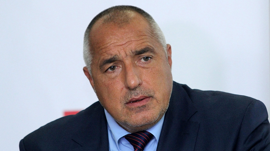"""Борисов е приклещен. Ще купи оръжия за милиарди от САЩ, само и само да се осъществи тръбата от """" Турски поток """" през България."""