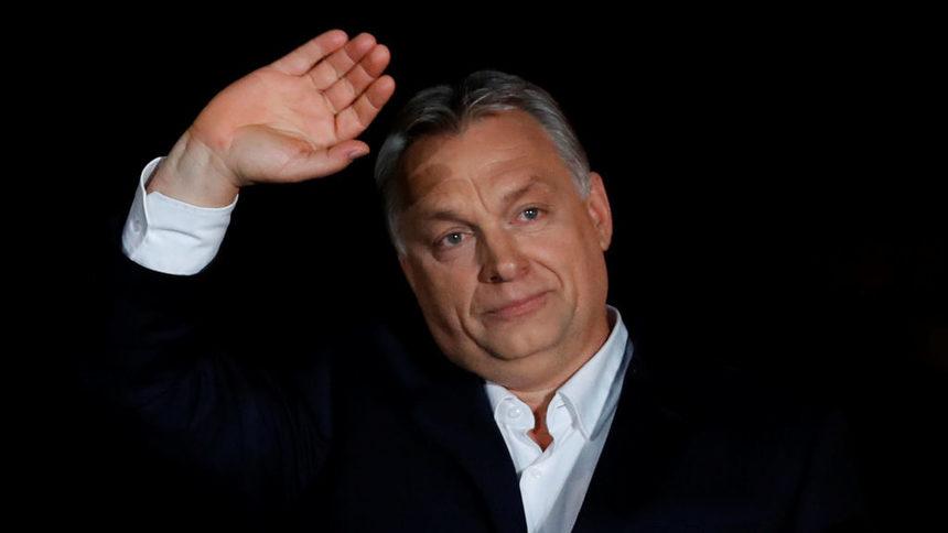 Орбан си прибра 500 медии и монополизира сектора в Унгария