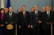 Афис: Репликите между Цветанов и Радев като препирня между Давид и Голиат