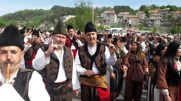 Кеворк Кеворкян за военния парад: На гол тумбак, чифте пищови!