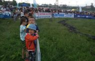 """Автомобилното шоу """"Луда надпревара """" на Околовръстното в София, превъзбуди децата."""