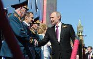 Путин, дори на репетиция за парада, показа военна мощ, като предупреждение към Запада