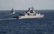НАТО демонстрира противодействие на Русия в Черно море.
