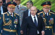 Путин изкарва 13 000 армия и най-новата военна техника на Червения площад.