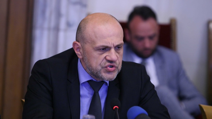 Томислав Дончев: ББР дължи обяснение за кредита от 75 000 000 лева на колекторска фирма