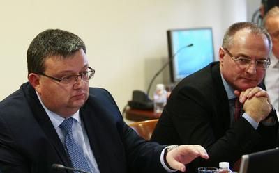 """""""Дишевагейт"""" предизвика скандал на Пленума на ВСС"""