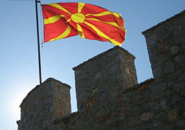 """САЩ бърза да """"превърне"""" Македония в НАТОвска"""