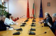 САЩ залага ли на Корнелия Нинова за следващ премиер на България?