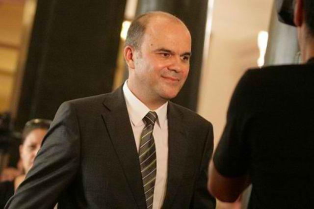 Освободеният зам.-министър се оправда с Бисер Петков за пътуването в САЩ