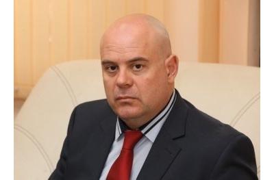 Сотир Цацаров предлага Иван Гешев да е новият му заместник