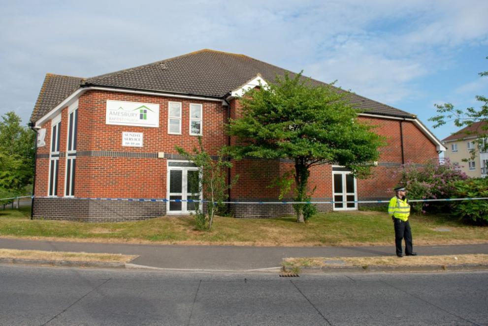 """Двамата британци край Солсбъри – отровени с """"Новичок"""", твърди полицията"""