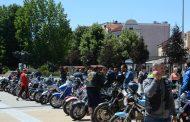 Мотористи в подкрепа на протеста на майките на деца с увреждания