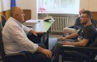 Бойко Борисов се срещна с болния Петър
