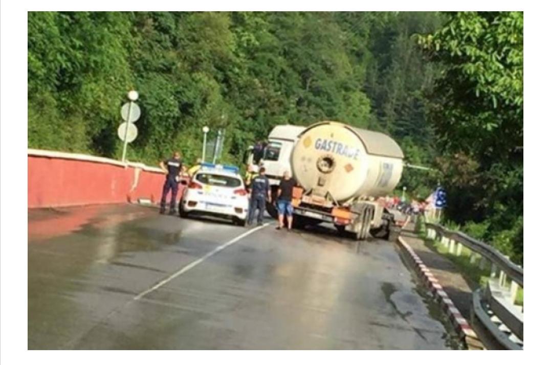 Очевидец на ада до Своге: Шофьорът на автобуса не е виновен, там течеше река, а мантинелата е скъсана преди повече от месец