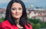 Лиляна Павлова бясна в социалните мрежи! Дори написа антидемократичната си позиция в Деня на независимостта!