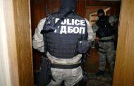 """Спецакция: Разбиха престъпна група, """"мулета"""" гълтали и пренасяли по 100 капсули кокаин"""