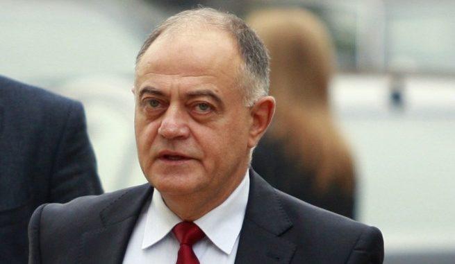Атанасов: Пиле шарено от Банкя, Тодор Живков беше по-скромен от теб!