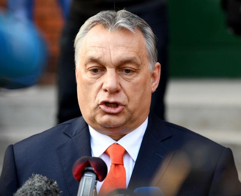 Българските властимащи са изплашени от случващото се с Орбан и член 7 на ЕС
